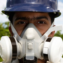 hse-image-of-man-wearing-ppe-rpe-and-head-protection